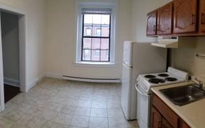 Downtown New London, studio apartment! Call today!