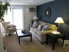 1br -510ft2 - Ho-Ho-Home for the Holidays in this 1 BR with REDUCED RENT!