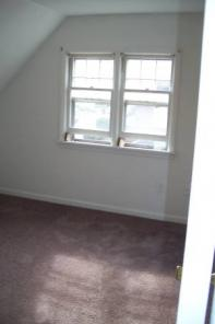 2br -2 Bedroom Apartment - Heat & Hot Water Included